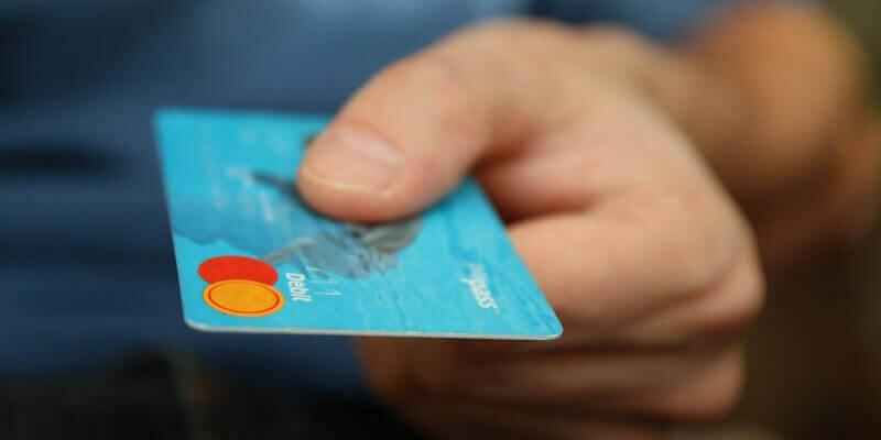 Otwieranie konta bankowego. Na co zwrócić uwagę?